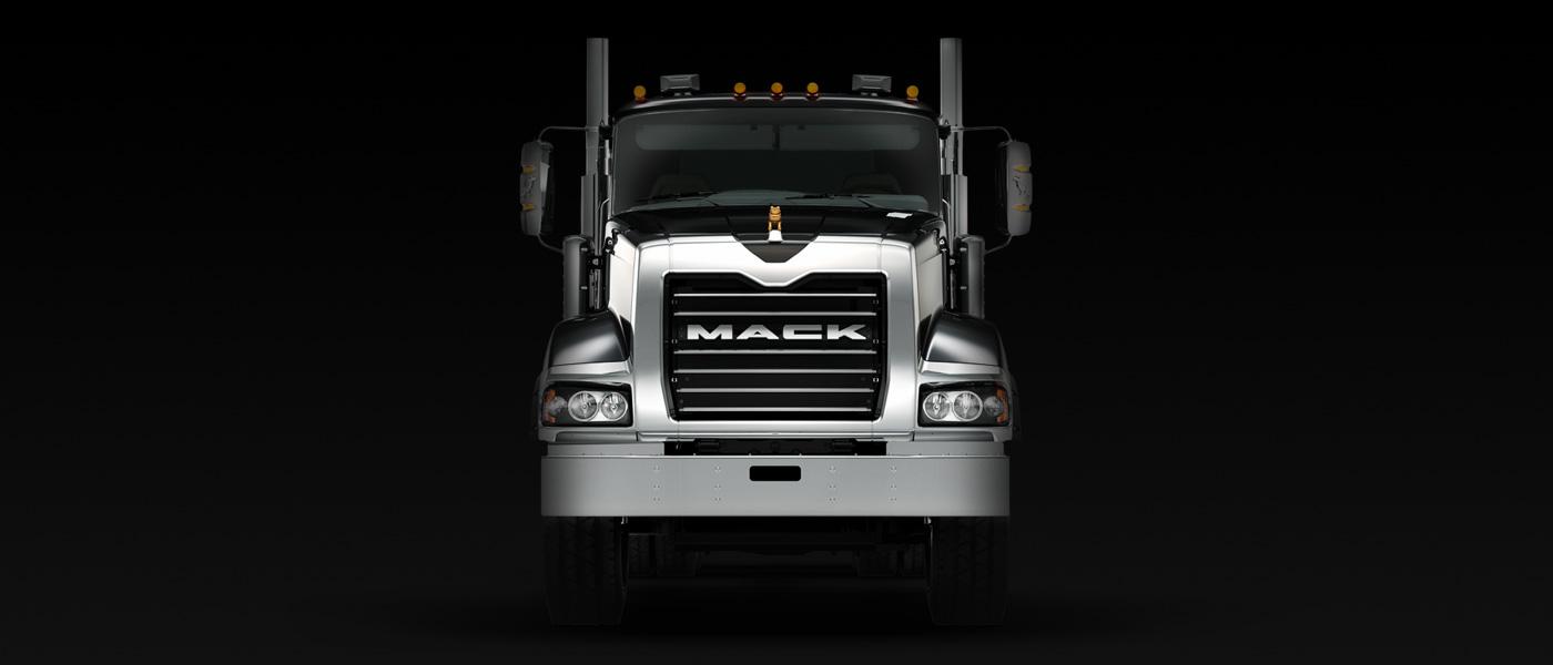 mack_truckseries_titan_gallery1_frontview