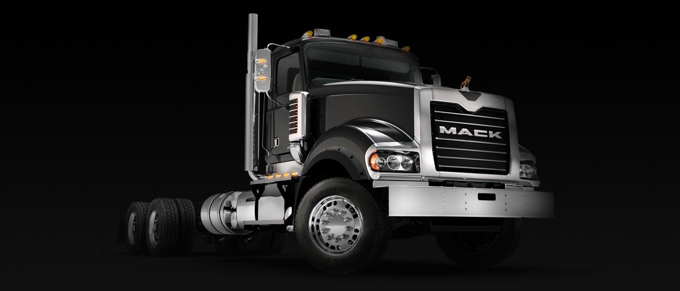 mack_truckseries_titan_gallery2_sideview1